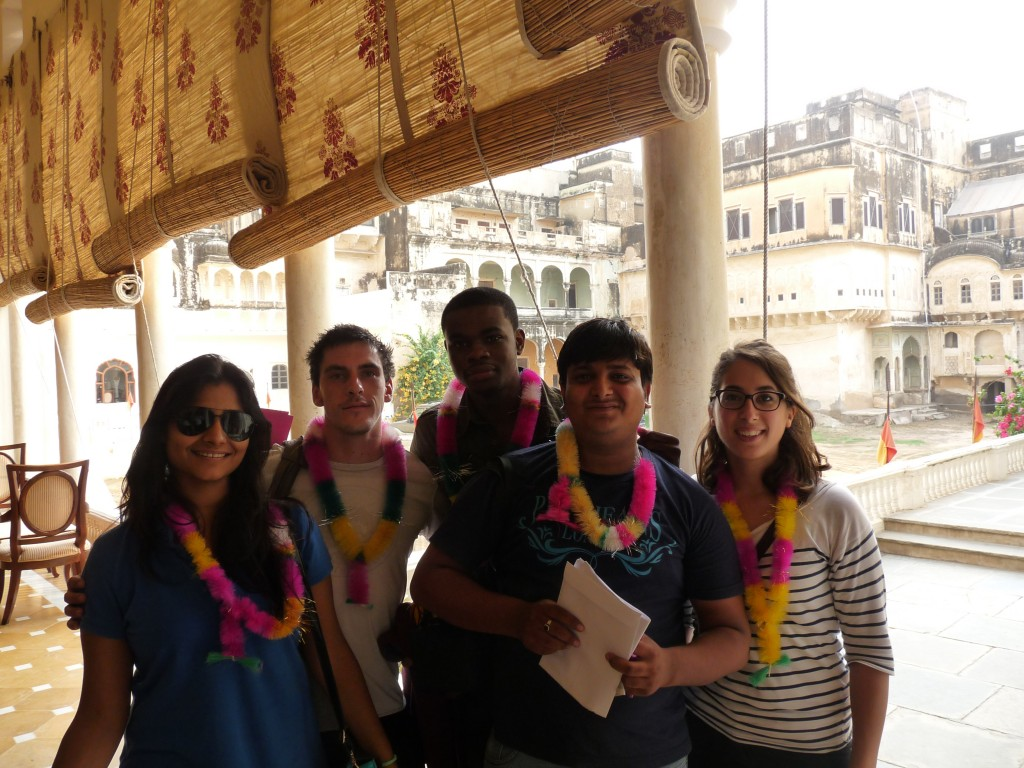 Priyanka, David, Eblé, Kulkant et Clémence, en week-end dans le Shekhawati