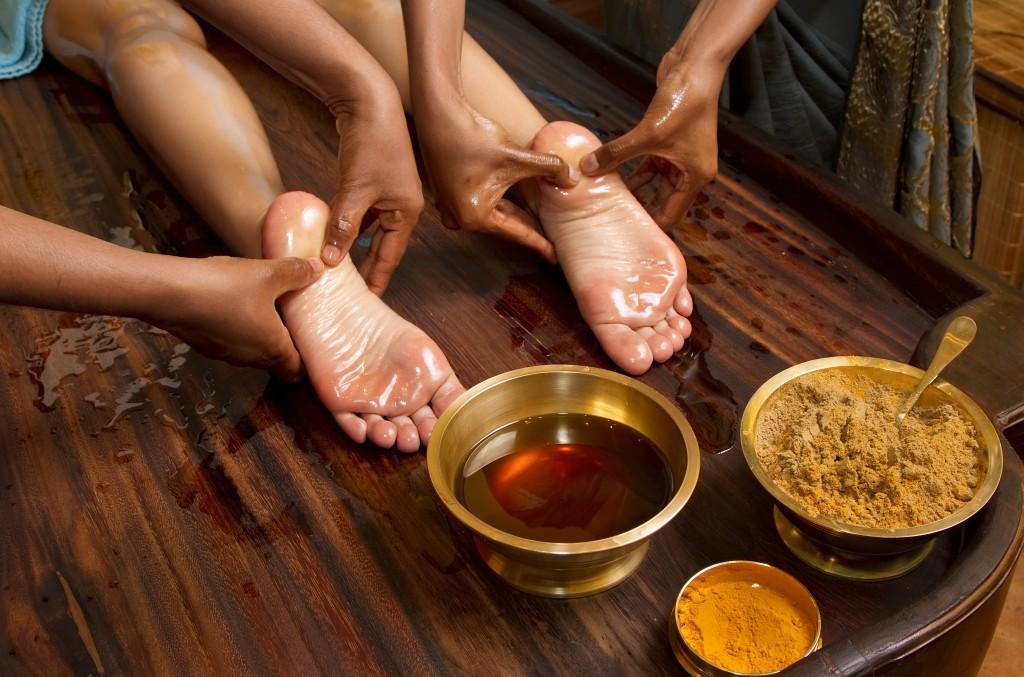 Massage aux huiles ayurvédiques