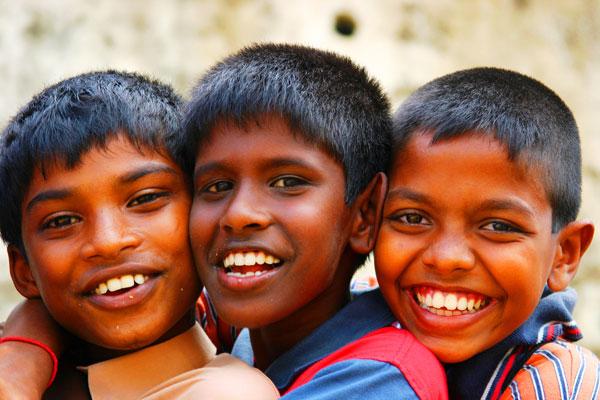 Enfants au Sri Lanka