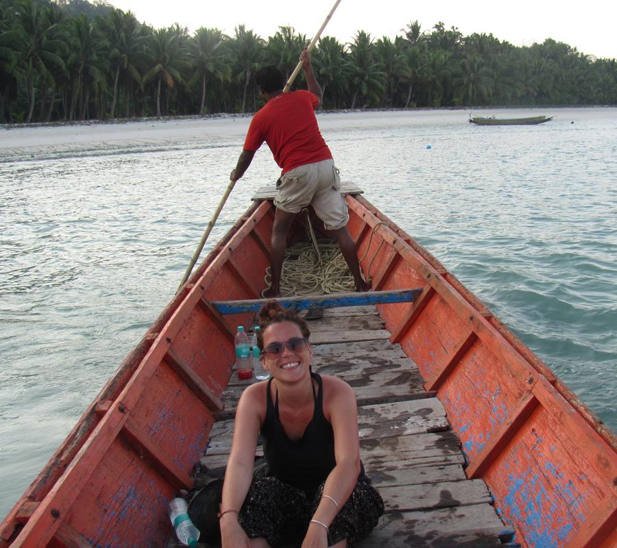 Dans la barque, au milieu de la mer d'Andaman