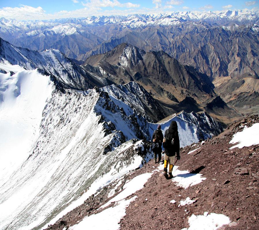 Trekker im Himalaya