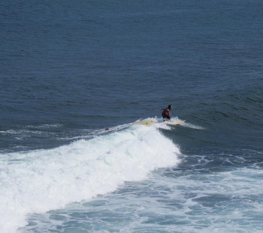 Un pro du surf