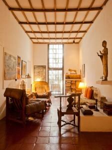 Kandalama hotel Inside- Geoffrey Bawa