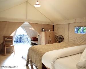 Tente de Nimmu House, intérieur
