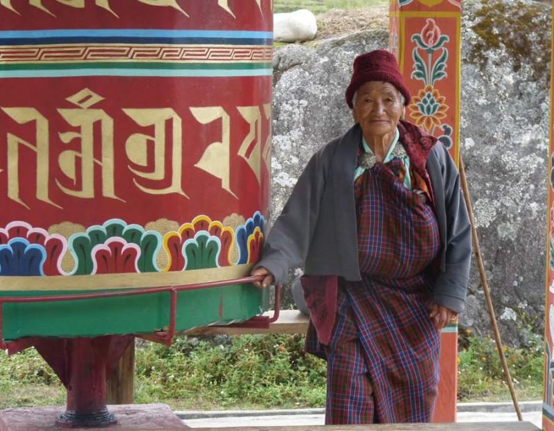 Bhoutanaise & sanctuaire bouddhiste