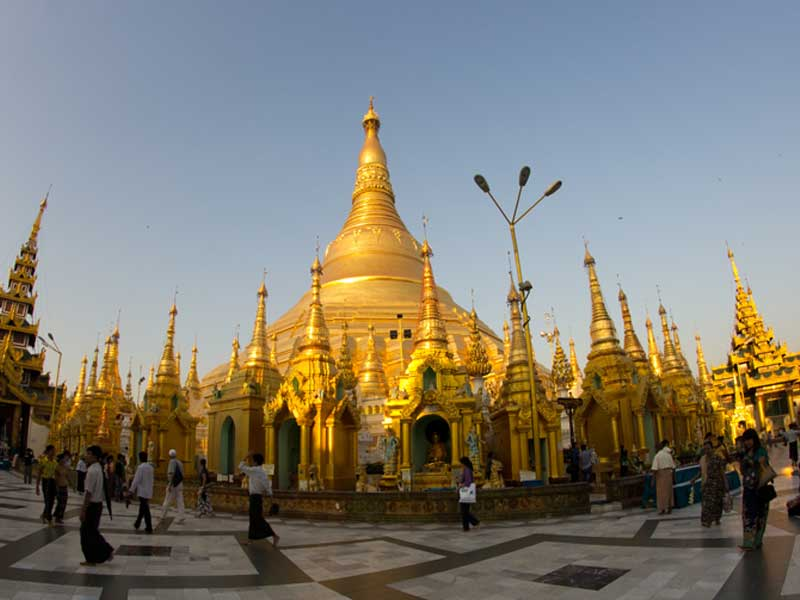 Rangoon & la pagode Shewdagon