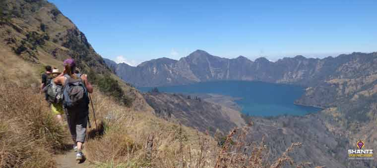 Volcano Hike in Mount Rinjani