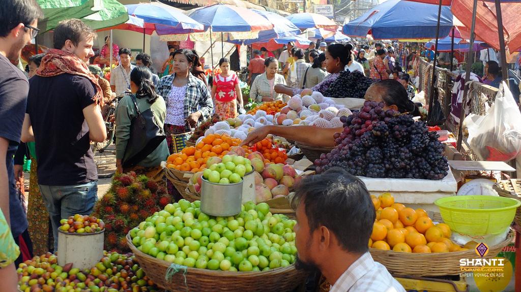bimanie myanmar marché cadeaux