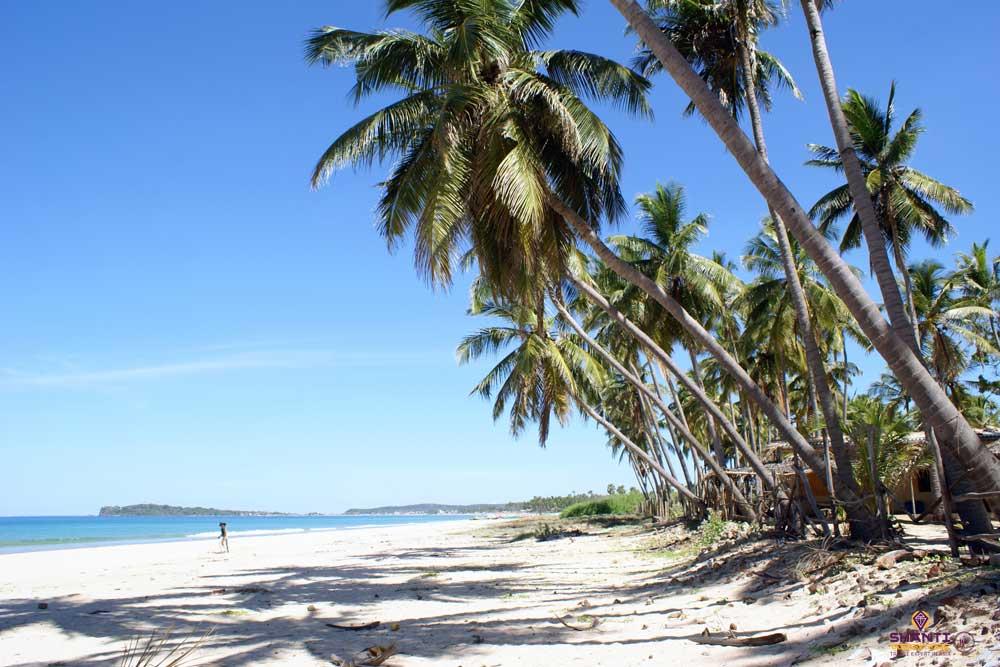 Uppuvelli Beach