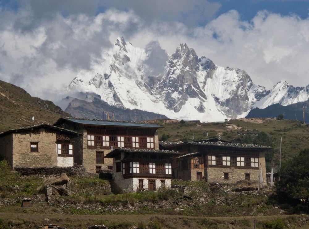 laya-lingshi-trek-bhutan