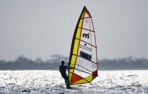 windsurfing in pasikudah sri lanka