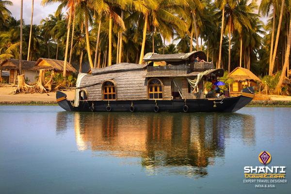 Kerala_Allepey_Backwater_Houseboat