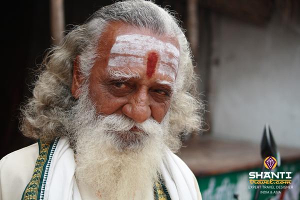 Tamil_Nadu_Kanchipuram_Holy_Man_Sadhu