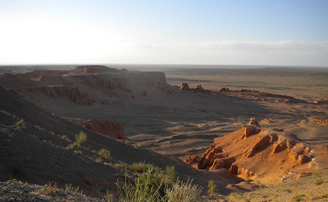 falaises bayanzag mongolie