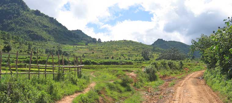 trekking routes in burma at shan